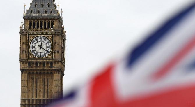 От догодина желаещите да работят и учат във Великобритания ще кандидатстват по нова система