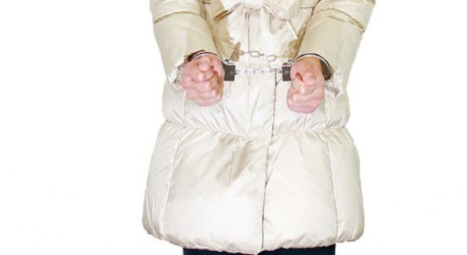Спипаха три жени в Шумен за масови кражби