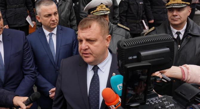 Каракачанов: Голямо напрежение в управляващата коалиция няма, но напрежение има