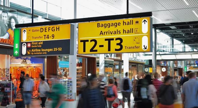 ЕК подготвя препоръки за предпазване на пътниците от зараза