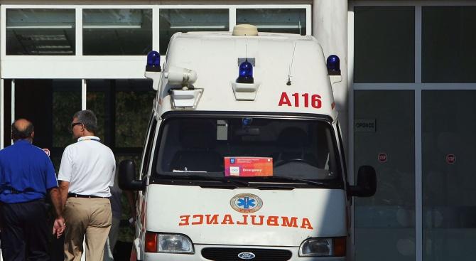 Утроиха се болните от коронавирус в Гърция