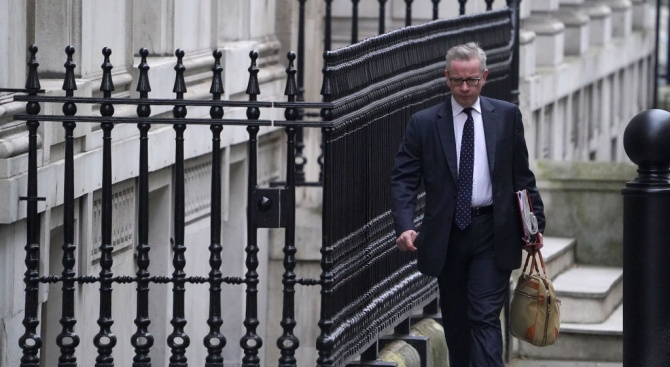 Ако не бъде постигнат напредък до юни, Великобритания се оттегля от преговорите с ЕС