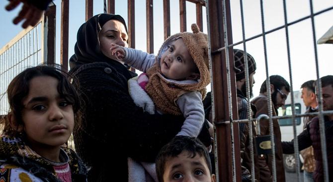Турция пуска сирийските бежанци към Европа
