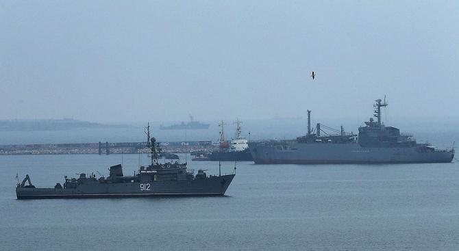 Русия изпраща още два бойни кораба към бреговете на Сирия