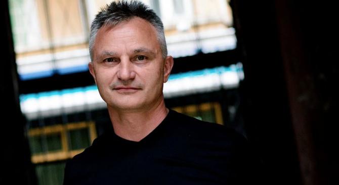 Писателят Карабашлиев фен на турските сериали