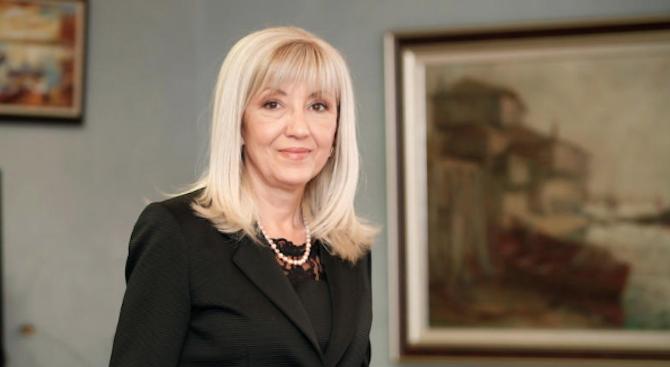 """Аврамова: Не се подготвя нов вариант на проект за участъка на АМ """"Струма"""" през Кресненското дефиле"""