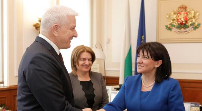 Караянчева към Душко Маркович: България ще продължи да подкрепя Черна гора по пътя ѝ към членство в ЕС