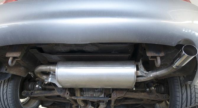 Постоянна опашка от коли пред пункта за регистрация на газови уредби в Монтана
