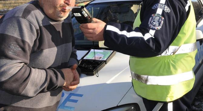 В Нови пазар задържаха шофьор с 2,73 промила алкохол по обяд