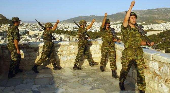Гърция засили охраната по границите с Турция