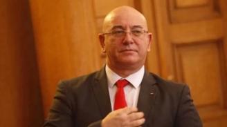 Емил Димитров: Подавам оставка, ако премиерът я поиска