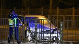 Жена е в болница след тежка катастрофа в София