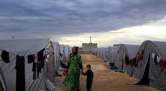 Гърция създава нов център за мигранти