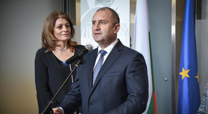 """Румен Радев ще участва във връчването на наградите за българските производители """"Златна мартеница"""""""
