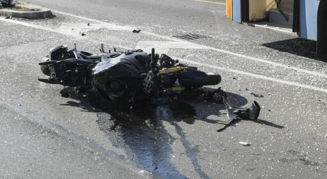 Мотоциклетист пострада при инцидент на пътя София-Стара Загора