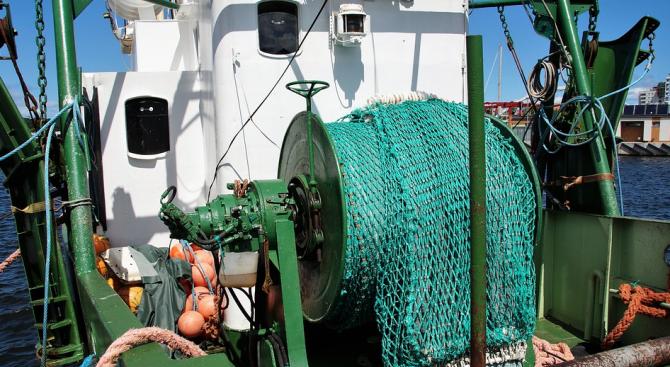 Забранени уреди за риболов са иззети от бракониери в Монтанско