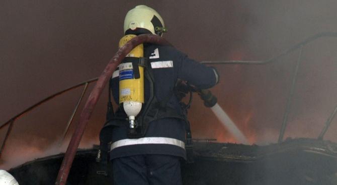 Мъж загина при пожар в къщата си в Ябланица