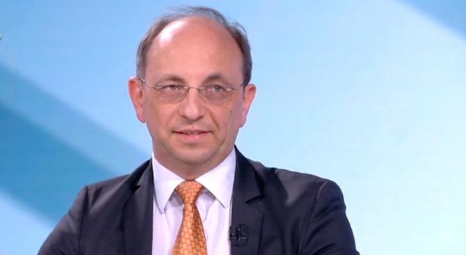 Николай Василев: Няма никакви негативи и рискове от приемането на еврото