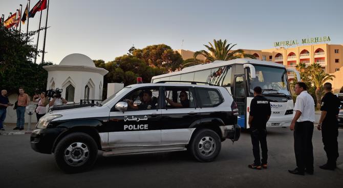 Експлозия край посолството на САЩ в Тунис