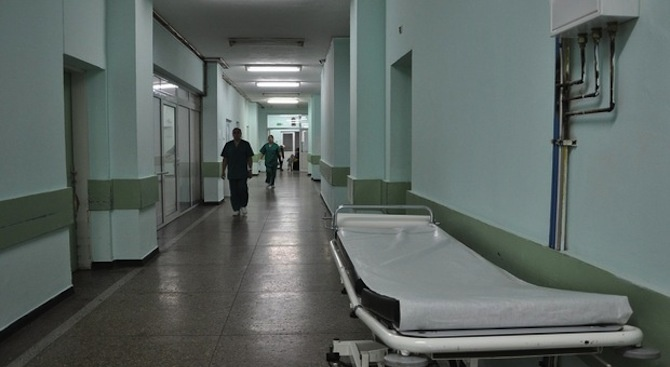 Изследват българин, върнал се от Италия, за коронавирус