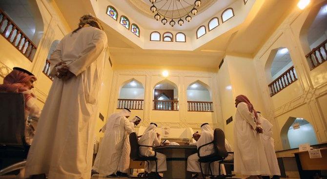Саудитските власти са арестували двама членове на кралското семейство вчера
