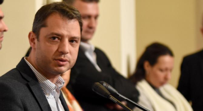 Делян Добрев: По-ефективно е намалението в цената на газа да бъде приспаднато от бъдещи сметки