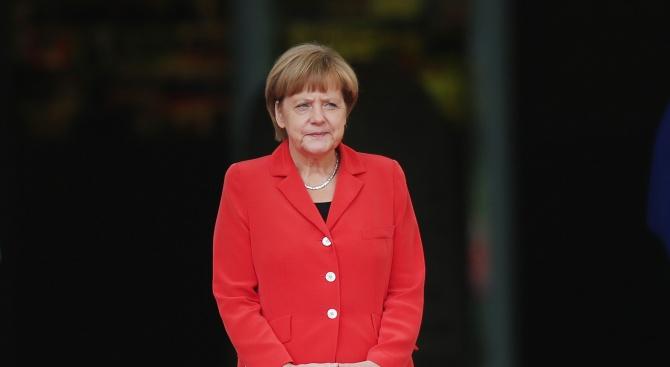Меркел се срещна с либийския генерал Халифа Хафтар в Берлин