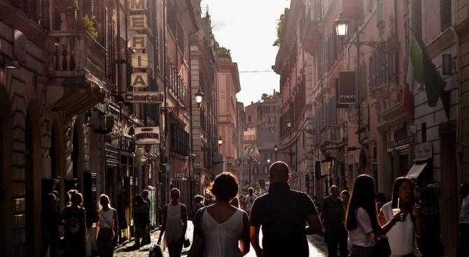 Испания и Португалия се споразумяха да затворят за туристи общата