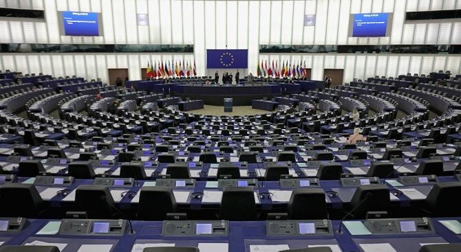 """Съветът на ЕС съобщи, че свиква днес """"виртуална"""" пресконференция след"""