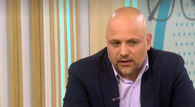 Председателят на Асоциацията по киберсигурност Мирослав Стефанов обясни пред Нова