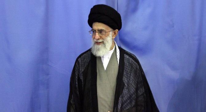 Иранският върховен лидер се готви да помилва 10 000 затворници