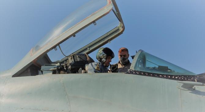 Успешно преминаха днес, 19 март, в авиобаза Граф Игнатиево летателните