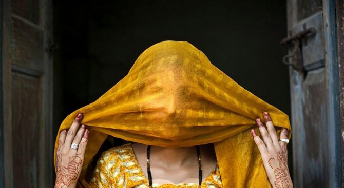 В Индия екзекутираха  четирима мъже, осъдени за групово изнасилване и убийство