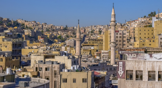 В Йордания въведоха строги ограничения за придвижването на хора