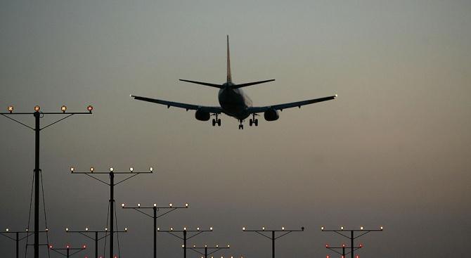 Ковид-19 може да лиши световния въздушен транспорт от приходи на