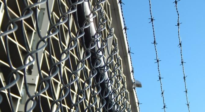В Германия пускат около 1000 затворници, за да намалят риска от заразяване с COVID-19