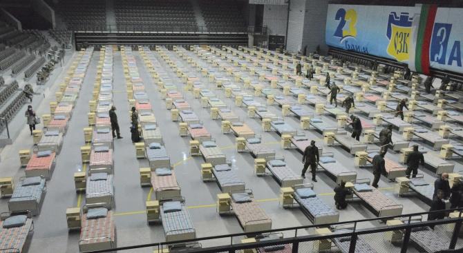 Военните изградиха за три часа полева болница с 300 легла в Русе