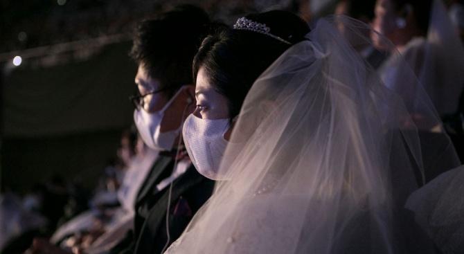 Сватба без целувки заради новия коронавирус