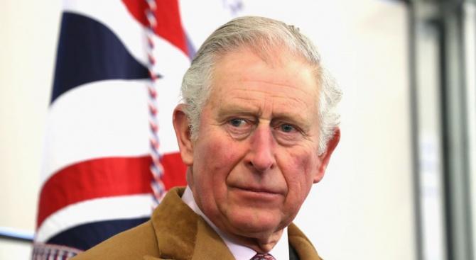 Принц Чарлз не бил се предреждал на опашката за тестове за COVID-19