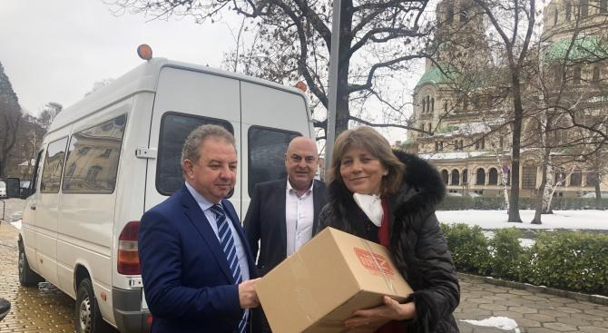 НФСБ дари респираторен апарат на Инфекциозната болница в София