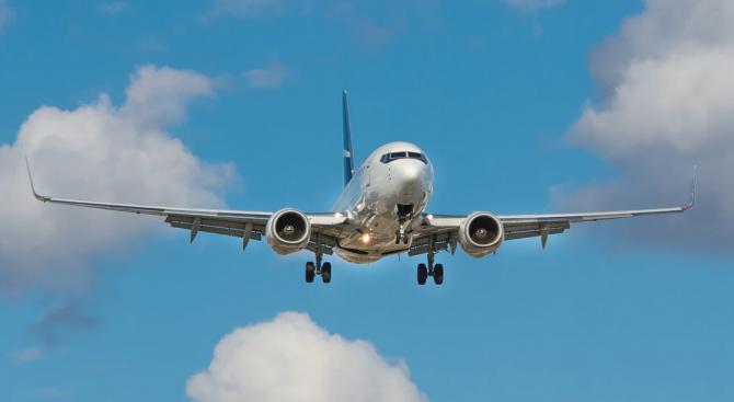 58 милиарда долара в помощ на авиокомпаниите предлага US Сенатът