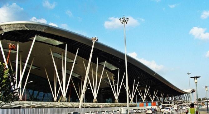 Индия удължи до 14 април забраната за международни пътнически полети заради коронавируса