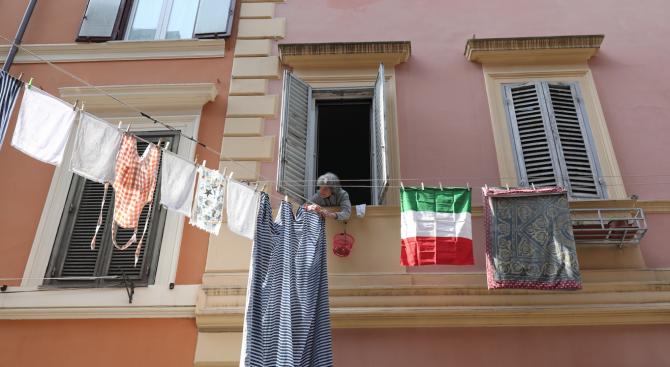 В северната област Ломбардия в Италия, която е най-тежко засегната