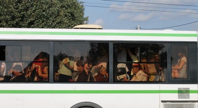 Претъпкан автобус в Пловдив наруши мерките за сигурност