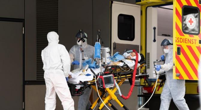 Инфекциите с коронавируса в Италия не са достигнали своя пик,
