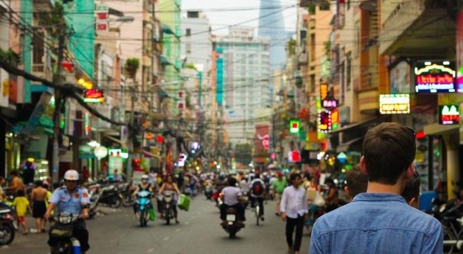Пандемията от коронавирус превърна популярен бар в прочутия тайландски морски