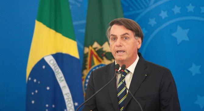 Бразилия забрани влизането по въздух на чужденци без жителство в