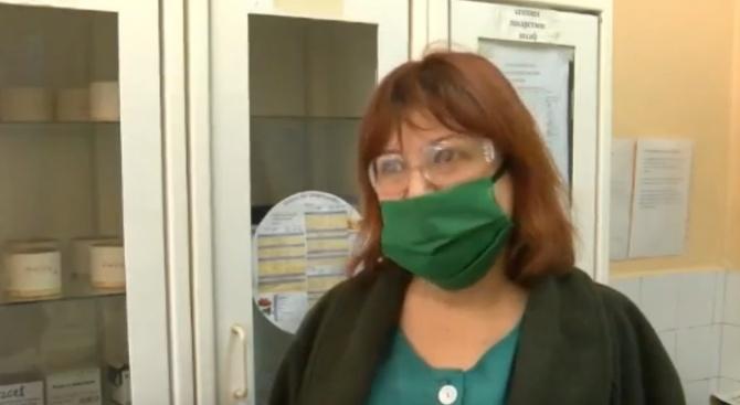 Медицинската сестра Христина Атанасова от Бургас публикува послание към колегите