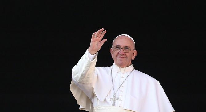 Ватикана заяви, че извършени тестове в резиденцията, където живее Папа
