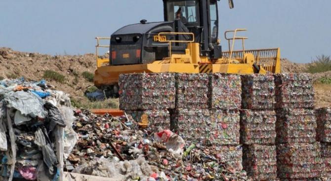 Тревожни вести се разсмърдяха като горен боклук в Елин Пелин